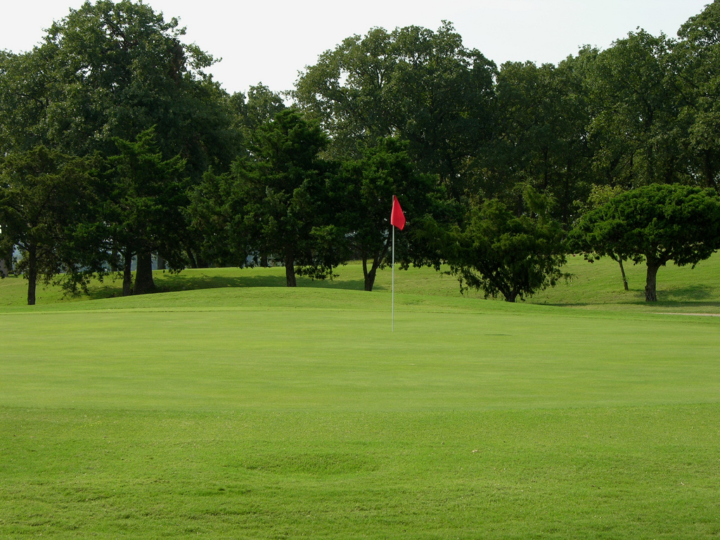 Chickasaw Pointe Golf Course In Kingston Features Beautifully Manicured Greens Like These At The 8th Hole