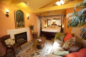 The chic accommodations at Aaron's Gate Country Getaway in Guthrie make it a popular destination for romantic getaways.