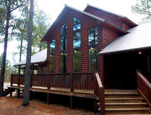The beautiful Heartpine Hollow's High Lonesome Cabin in Hochatown offers plenty of deck space.