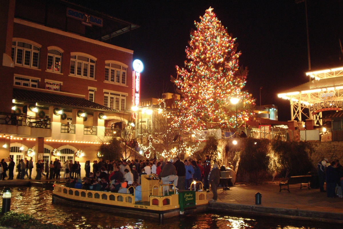 Bricktown Water Taxi Oklahoma 39 S Official Travel Tourism Site
