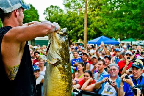 The weigh-in at the Okie Noodling Tournament in Pauls Valley.