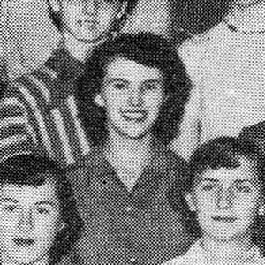 Wanda Jackson (center) in Student Council yearbook photo 1954.