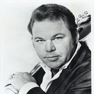 Roy Clark grew up in a musical family and made his first Grand Ole Opry appearance at 17 years old.