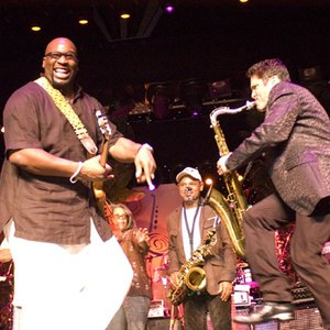 Wayman Tisdale & Dave Koz performing at the Dave Koz & Friends Smooth Jazz Cruise in 2006