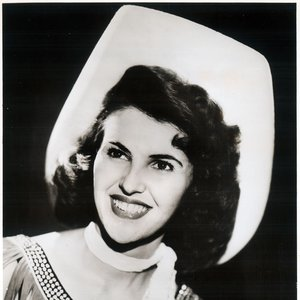 Wanda Jackson was known for adding a glamorous twist to traditional cowgirl attire.