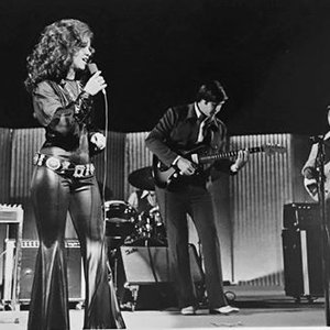 Jody Miller and her band on stage in Dallas in 1972