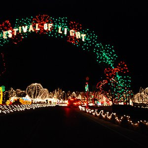 The annual Chickasha Festival of Light is one of the largest Christmas light displays in the region.  The iconic giant Christmas tree serves as a beacon for miles around.  Guests can enjoy horse-drawn carriage rides and hot cocoa.