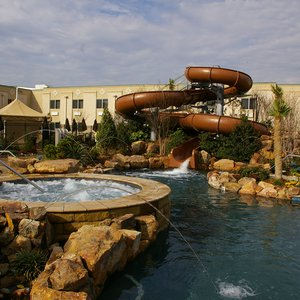 The Choctaw Casino Resort in Durant features a watery oasis complete with hot tubs, fresh and saltwater pools, waterfalls, a water slide, swim-up bars, cabanas and even dive-in movies during the summer. The kids can enjoy the water park while Mom and Dad enjoy gaming in the casino.