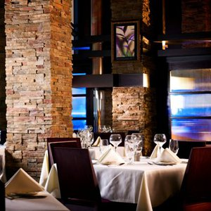 McGill's on 19 offers a romantic, fine dining experience with extraordinary views.  The restaurant is located on the 19th floor of the Hard Rock Hotel & Casino tower in Tulsa.  Dine in the elegant dining room or choose the outdoor balcony seating.