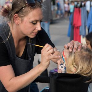 Heard on Hurd food truck event in Edmond features children's activities like facepainting.