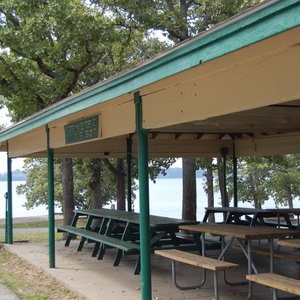 Picnic with your group at the covered shelter at Cherokee Park-Lakeside.