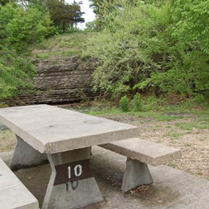 A picnic table at Little Blue Area at Grand Lake State Park