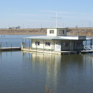 Salt Creek Marina   TravelOK com - Oklahoma's Official