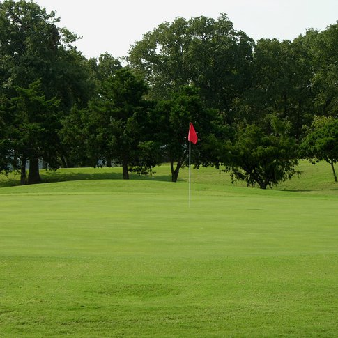 Chickasaw Pointe Golf Course in Kingston features beautifully manicured greens like these at the 8th hole.
