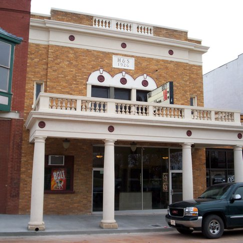 Harold Wakely owns the H&S Theatre in Chandler, which opened in 1926.