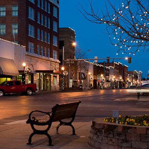Historic downtown Ardmore lights up for Christmas and welcomes visitors to shop in unique boutiques and friendly, family-owned shops.