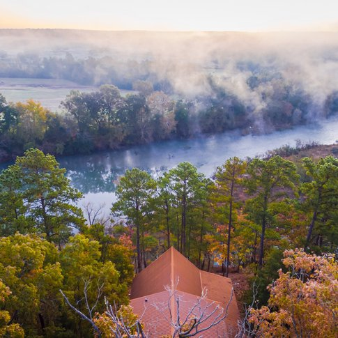 Experience the beauty of southeast Oklahoma with a stay at Beavers Bend Adventures.