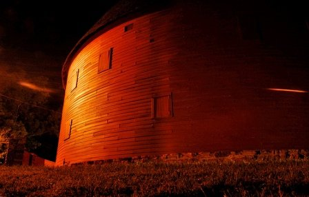 4bb2f81026ec The Round Barn of Arcadia at night. The Round Barn has been a Route 66 icon  in Arcadia for decades.