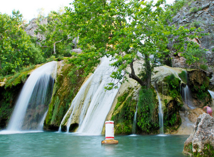 Turner Falls Park in Davis features a spectacular 77-foot waterfall and natural pool, as well as several wading and diving areas.