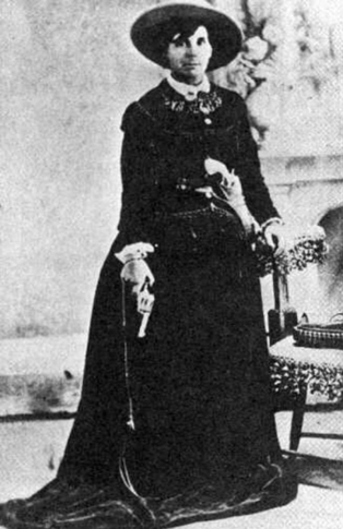Oklahoma outlaw Belle Starr escaped capture by hiding in caves in the San Bois Mountains. The area is now known as Wilburton and boasts both the Robbers Cave State Park and the Belle Starr Lodge.
