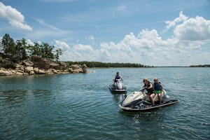 The blue waters and beautiful shoreline of Lake Murray make jet skiing at Lake Murray State Park a great family summer activity.